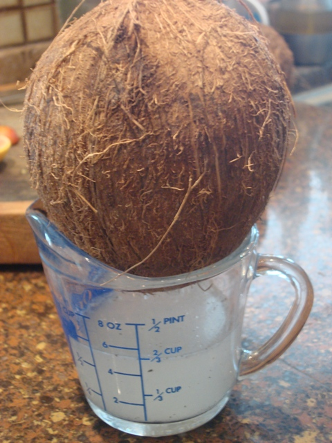 how to make a hole in coconut